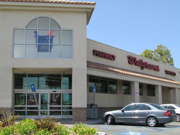 Chatsworth Walgreens #shop #healthychoices