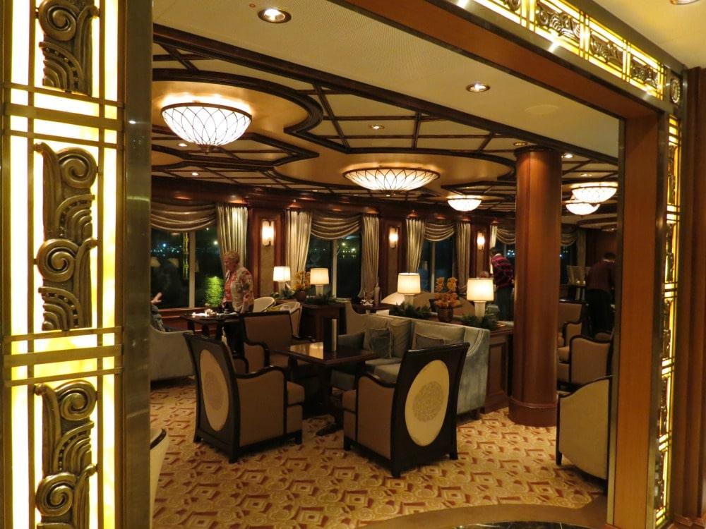 Baby Boomer Travel   Cruising   Cunard Queen Elizabeth lounge