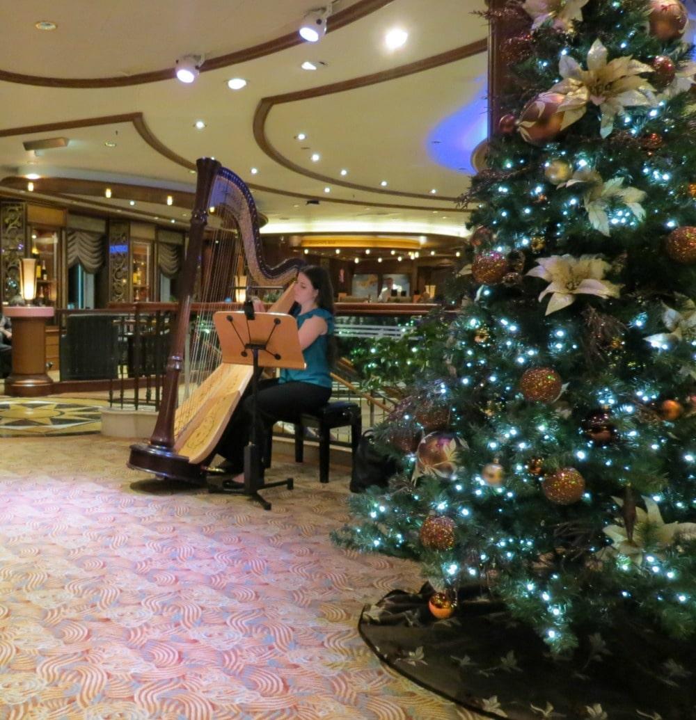 Baby Boomer Travel   Cruising   Cunard Queen Elizabeth - harpist