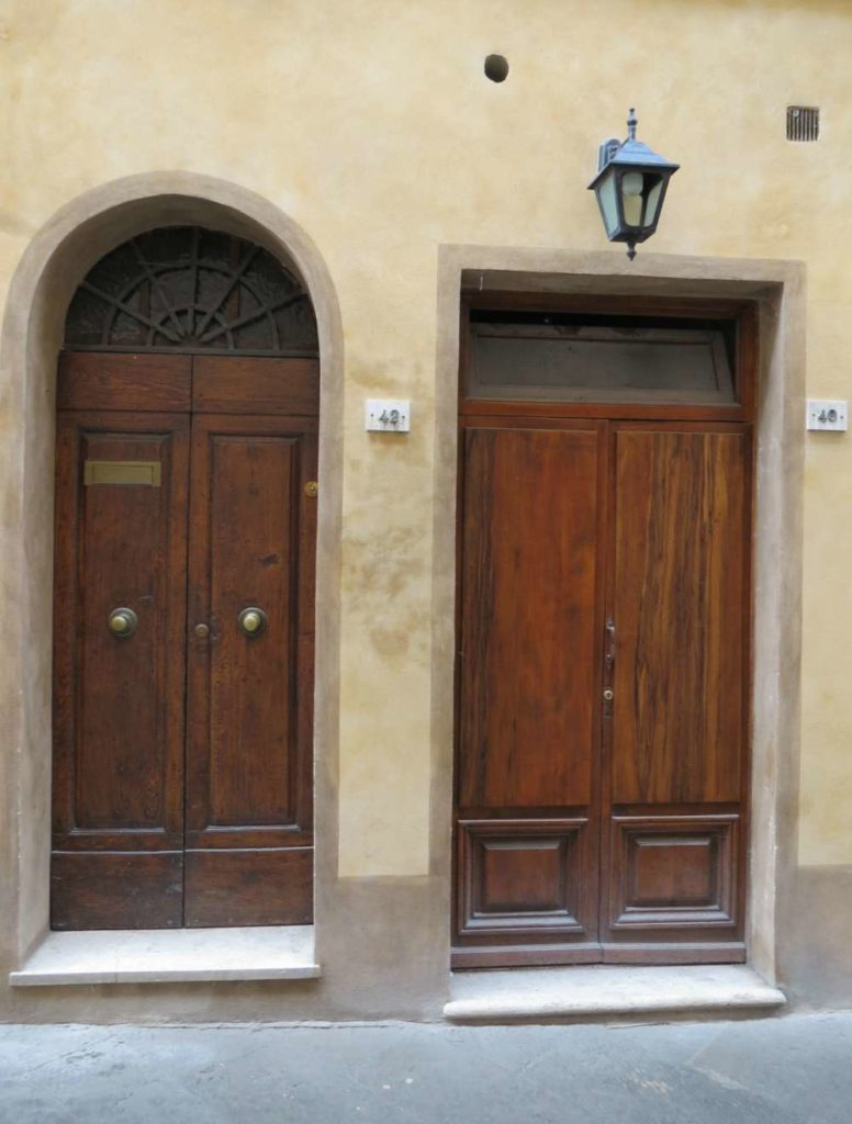 Door in Montepulciano, Italy