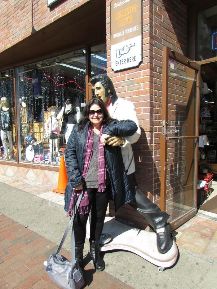 Rebecca and Elvis - Nashville