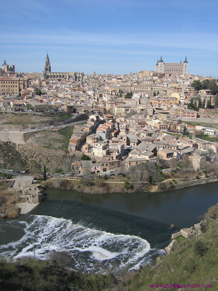 An amazing view of Toledo, Spain - It's an ancient city set on a hill above the plains of Castilla-La Mancha in central #Spain. #ToledoSpain #LaMancha #sidetripfromMadrid #medievaltown #visitSpain