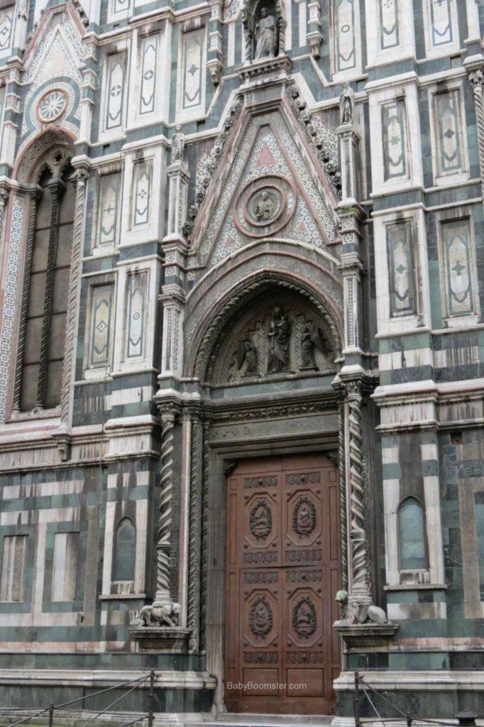 A door of the Duomo