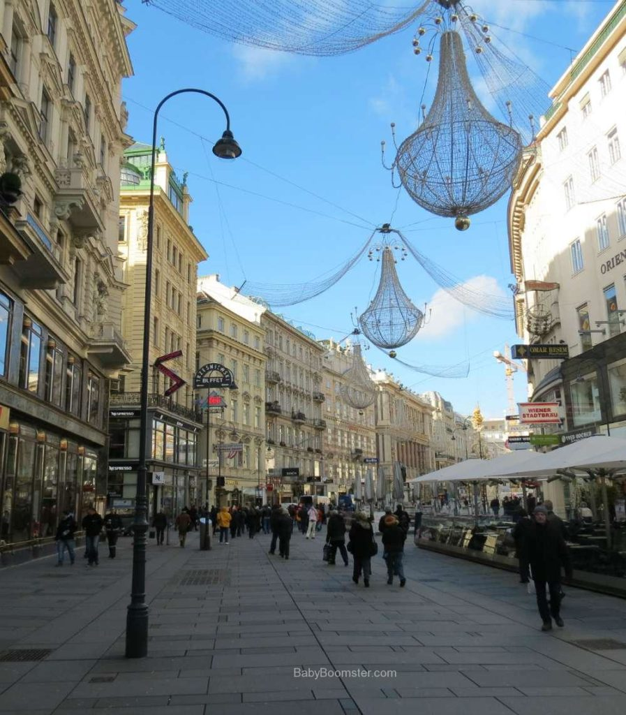 Baby Boomer Travel | Austria | Vienna - Christmas Decorations - street