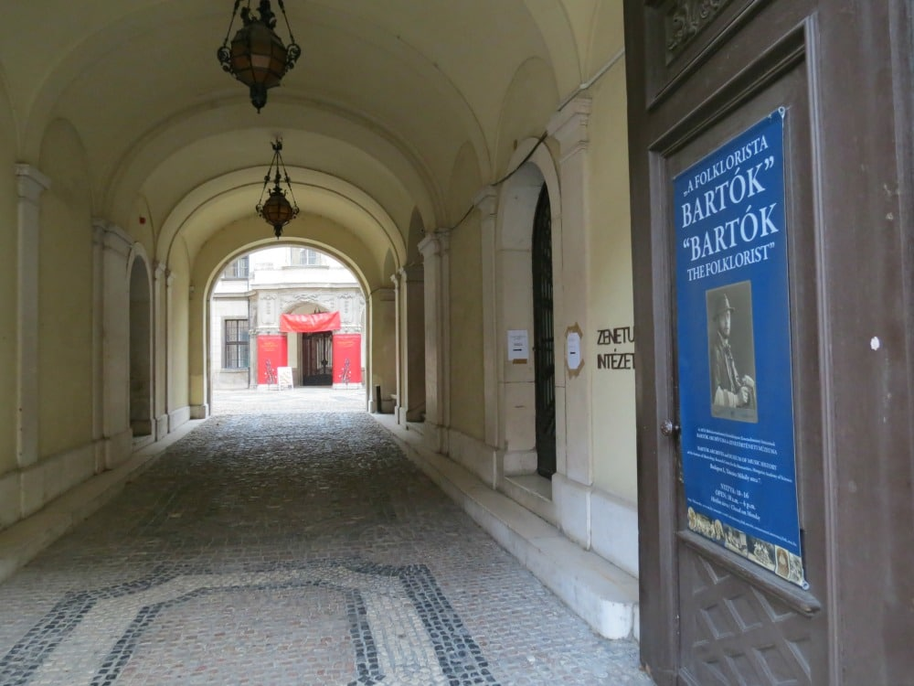 Boomer Travel | Budapest | Walkway in old town Buda - Bartok poster