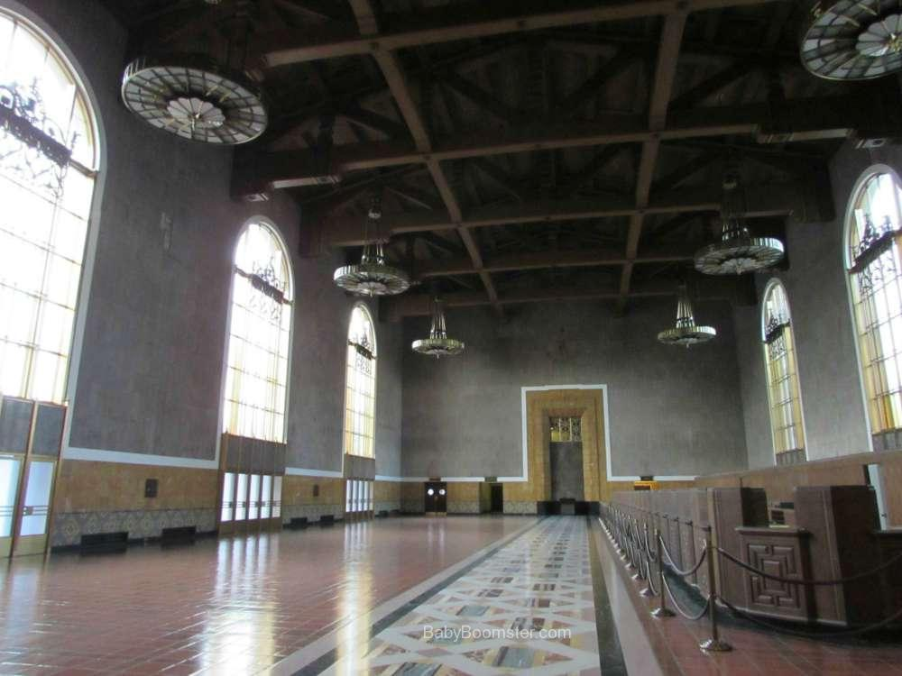 how to buy tickets at union station