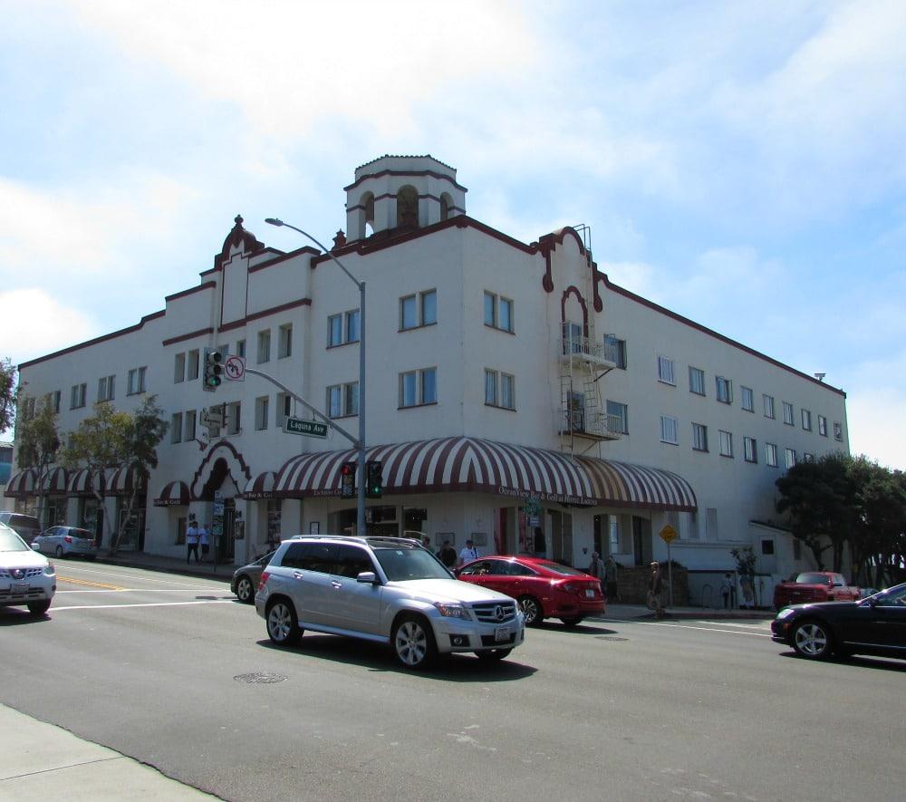 Baby Boomer Travel | Historical Hotel | Hotel Laguna, California
