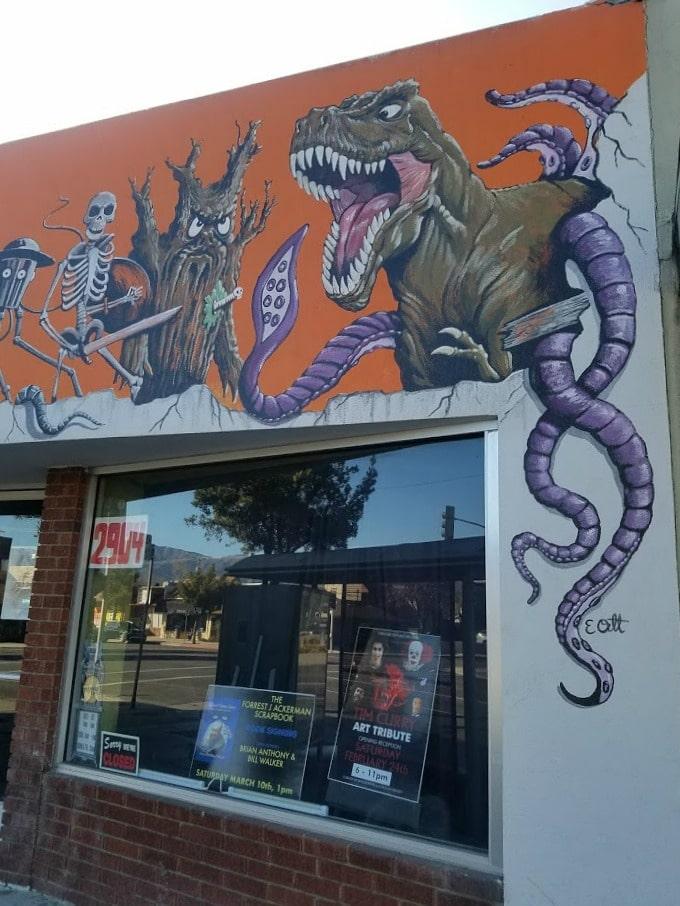 Baby Boomer Travel | Street Art | Burbank | Creature Features