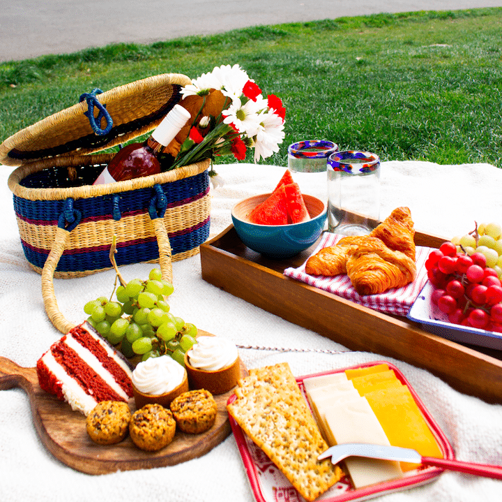 Picnic items for June in the Globein Subscription box. Makes a beautiful gift for someone you love and appreciate. #gifts #subscriptionbox #Globein #ad
