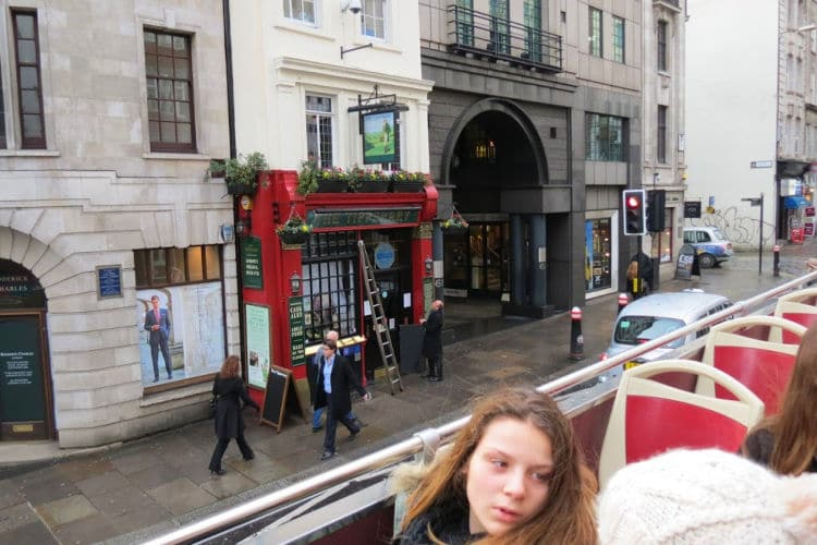Passing by the Tipperary Pub on the Big Bus Tours London Red Tour #redtour #bigbustours #london #pub