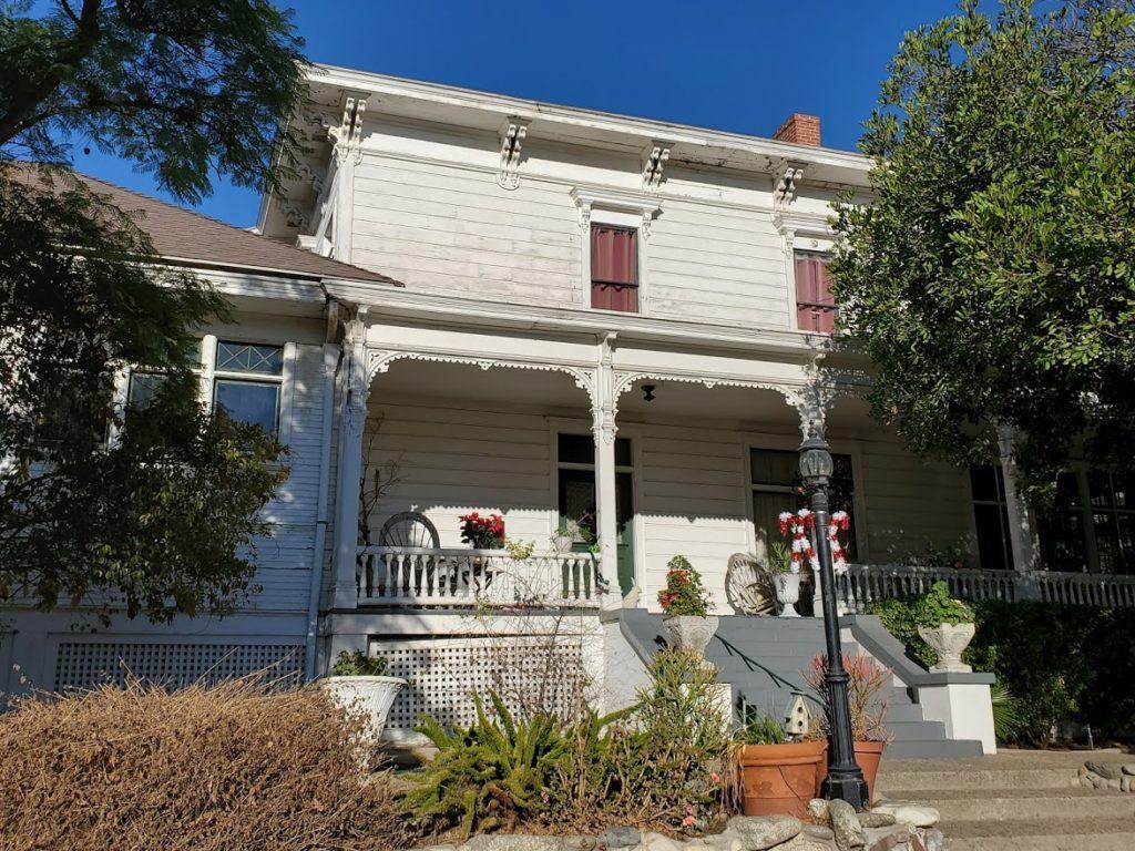 Altadena - Woodbury House
